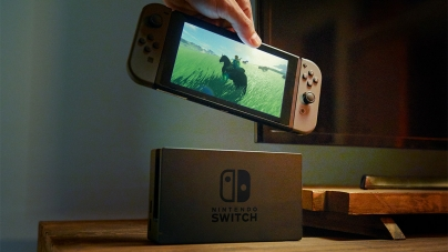 Nintendo Switch Sans Video Streaming Services, Lifting the Lid