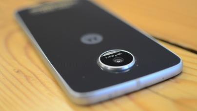 Verizon's Moto Z Play Gets Android 7.0 Nougat OTA Update