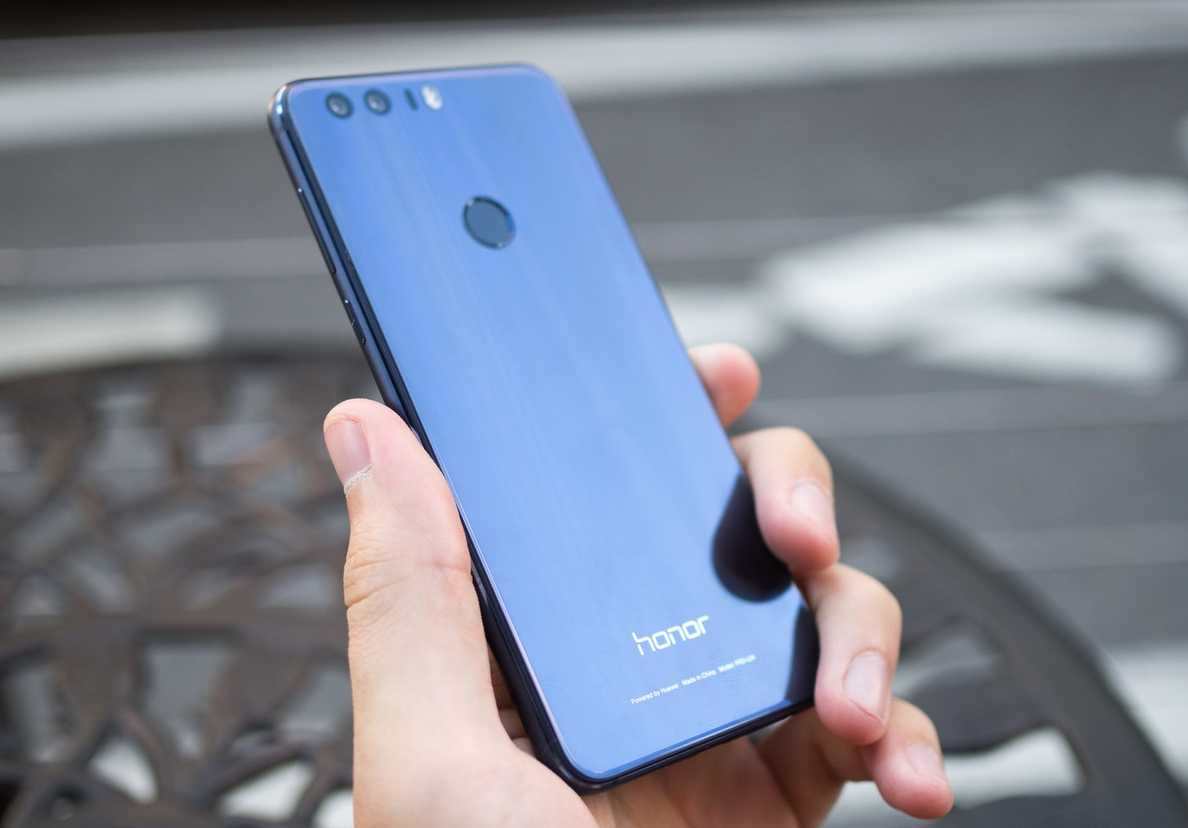 Huawei Honor 8 Android 7.0 Nougat OTA update begins