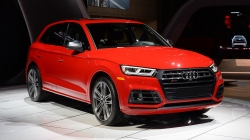 2018 Audi SQ5 Gets an Aggressive Look and Now has a V6 Turbo Engine