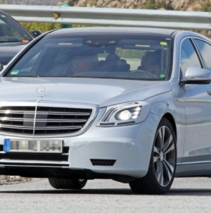 Mercedes Benz S-Class W222 Facelifted Edition Expected to Launch in April