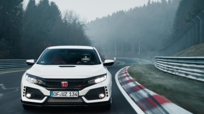 Honda Civic Type R with 316 HP Sets New Lap Record, Beats Volkswagen Golf GTI's Record