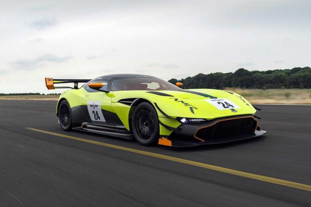 Aston Martin reveal Vulcan AMR Pro